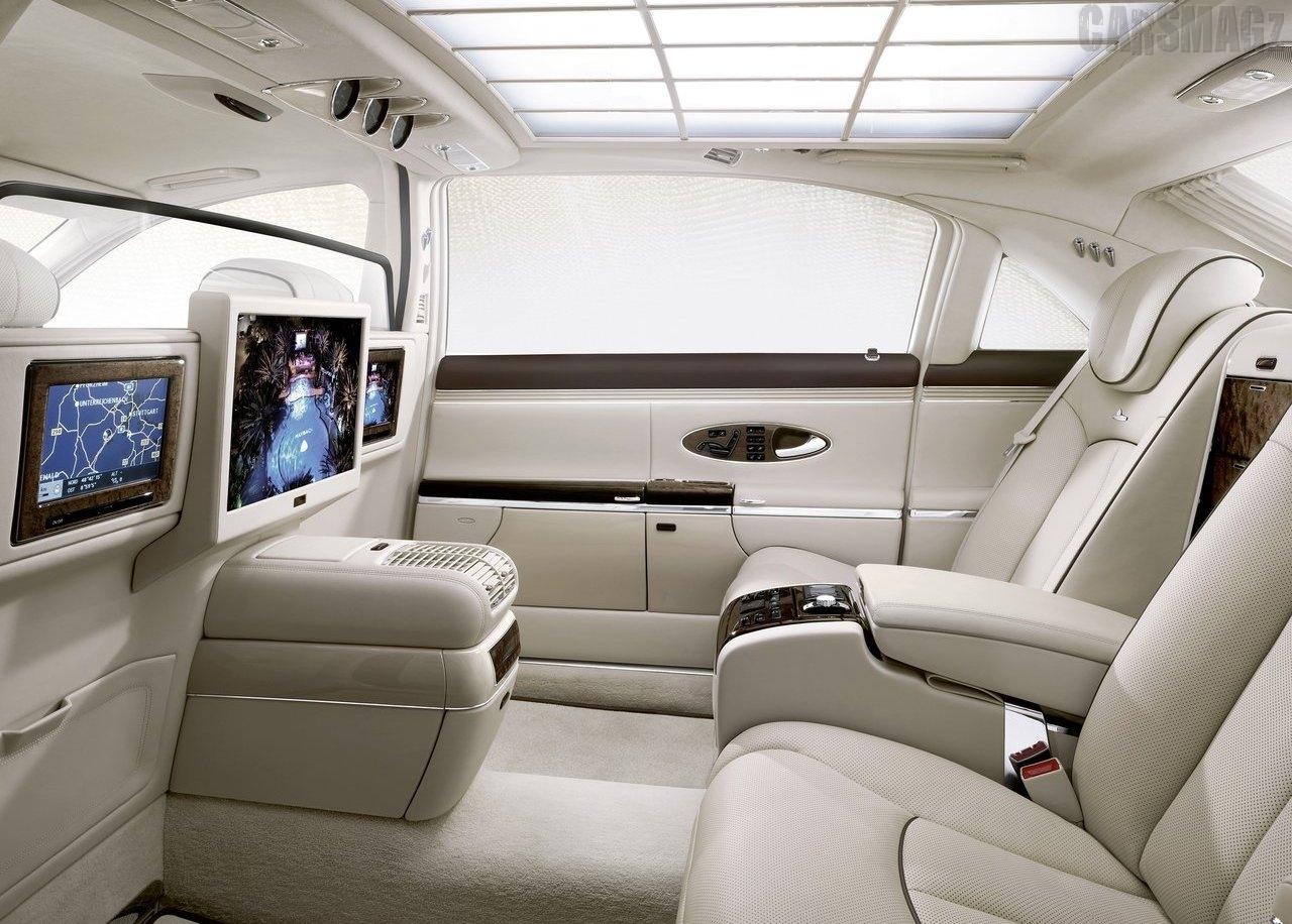 car updates rolls royce phantom vs mercedes maybach. Black Bedroom Furniture Sets. Home Design Ideas