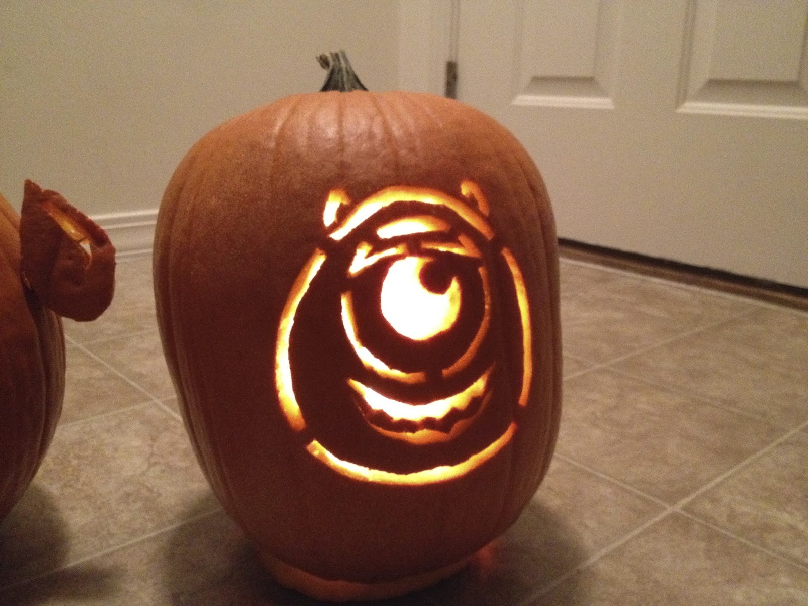 Dan the pixar fan events pixar themed pumpkin carving for Mike wazowski pumpkin template