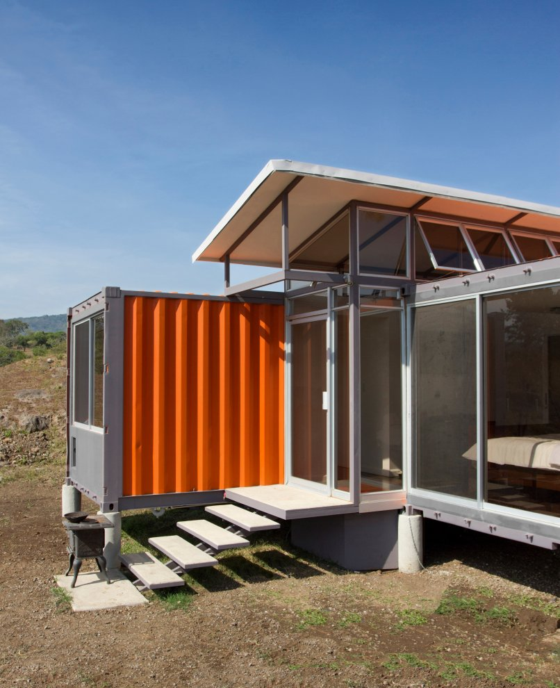 40 Feet Container Homes: Best Prefab Modular Shipping Container Homes: 40,000 USD