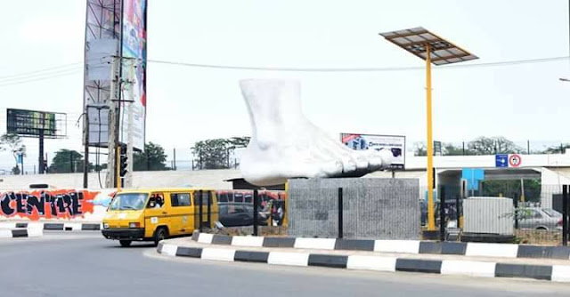 #LagosAt50: Lagos State Government Erects A Foot-Like Statue At Berger