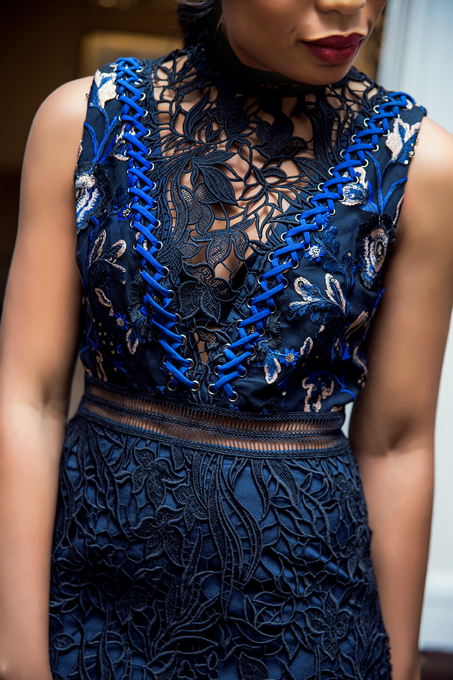Lace details, www.jadore-fashion.com