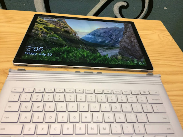 gia-ban-Surface-Book-2-core-i7