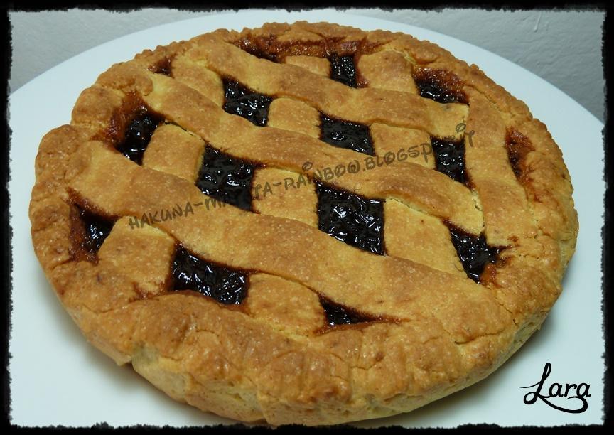 http://cucinaconlara.blogspot.it/2014/09/crostata-senza-uova-e-senza-burro-con.html