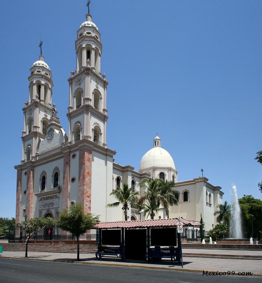 Image result for antiguas imágenes de la catedral de culiacan