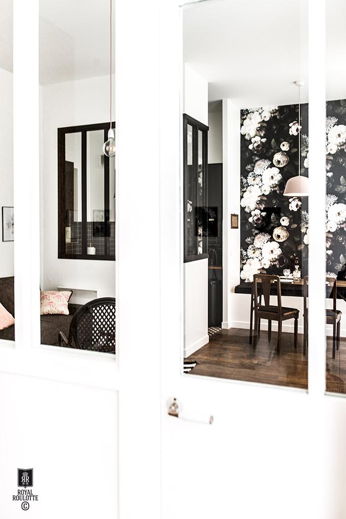 Un appartamento di 55 mq a Parigi firmato Royal Roulotte vetrata