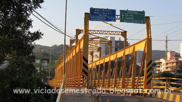 Ponte metálica sobre o Rio Caí, Feliz, RS