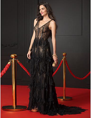 Vestido de Noche Negro con Transparencias