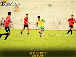 Oriente Petrolero hace fútbol en el Estadio de Luján - DaleOoo