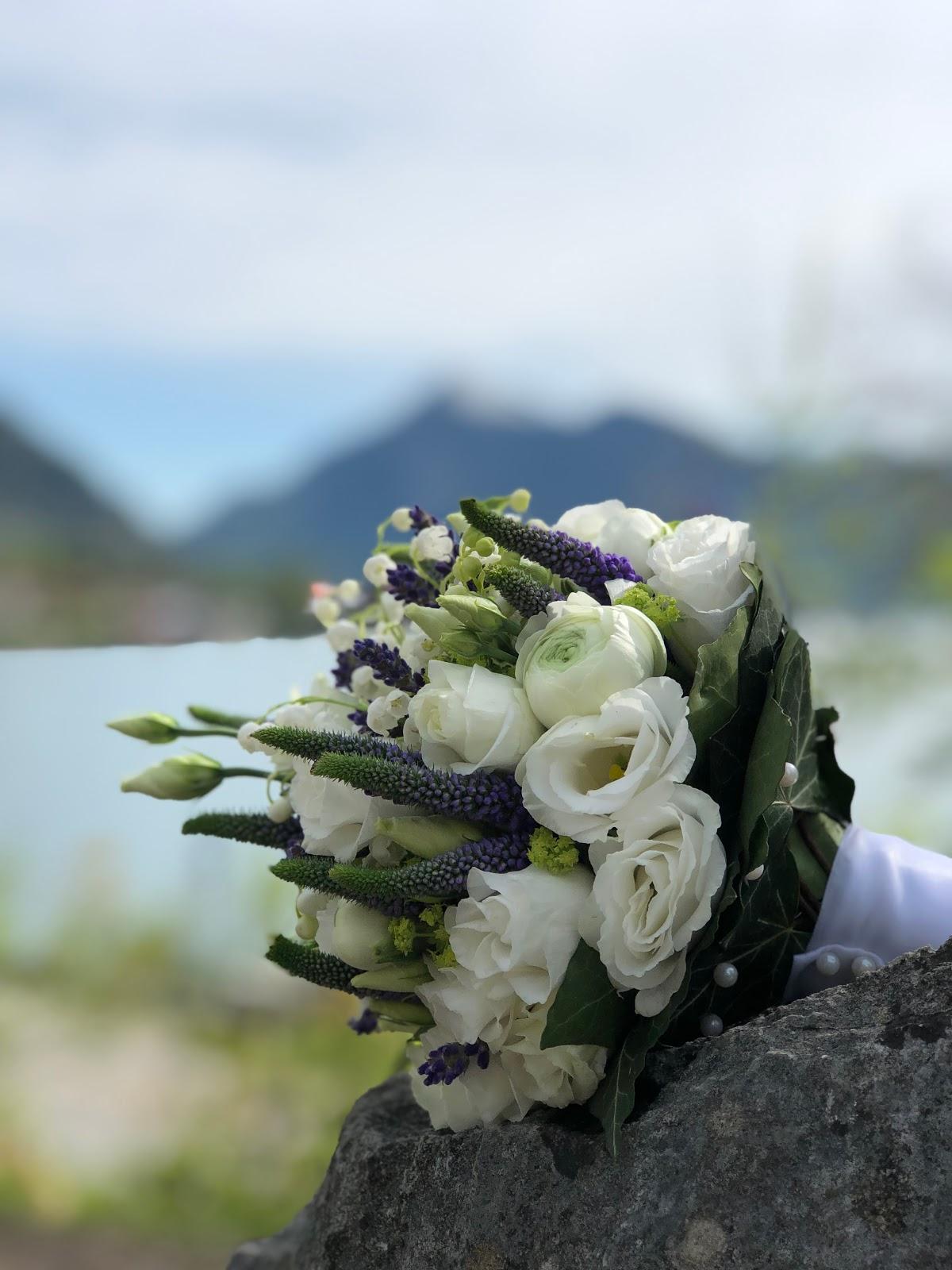 bridal bouquet, lavender, lilly of the valley, wedding weekend, destination wedding, mountain wedding, wedding in Bavaria, wedding planner, 4 weddings & events, Uschi Glas, Garmisch-Partenkirchen, Zugspitze, Garmisch wedding, Germany, wedding coordinator