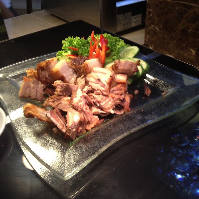 Lechon kawali at Le Mon Restaurant