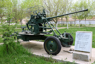 One view of what I think is an anti-aircraft gun