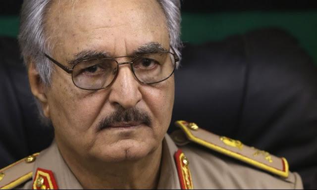 منشقّ عن حفتر يفضح وجود قاعدة إماراتية فرنسية شرق ليبيا