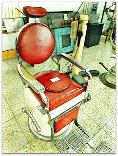 Cadeira de Barbeiro - Museu Histórico de Canoas (Dr Sezefredo Azambuja)