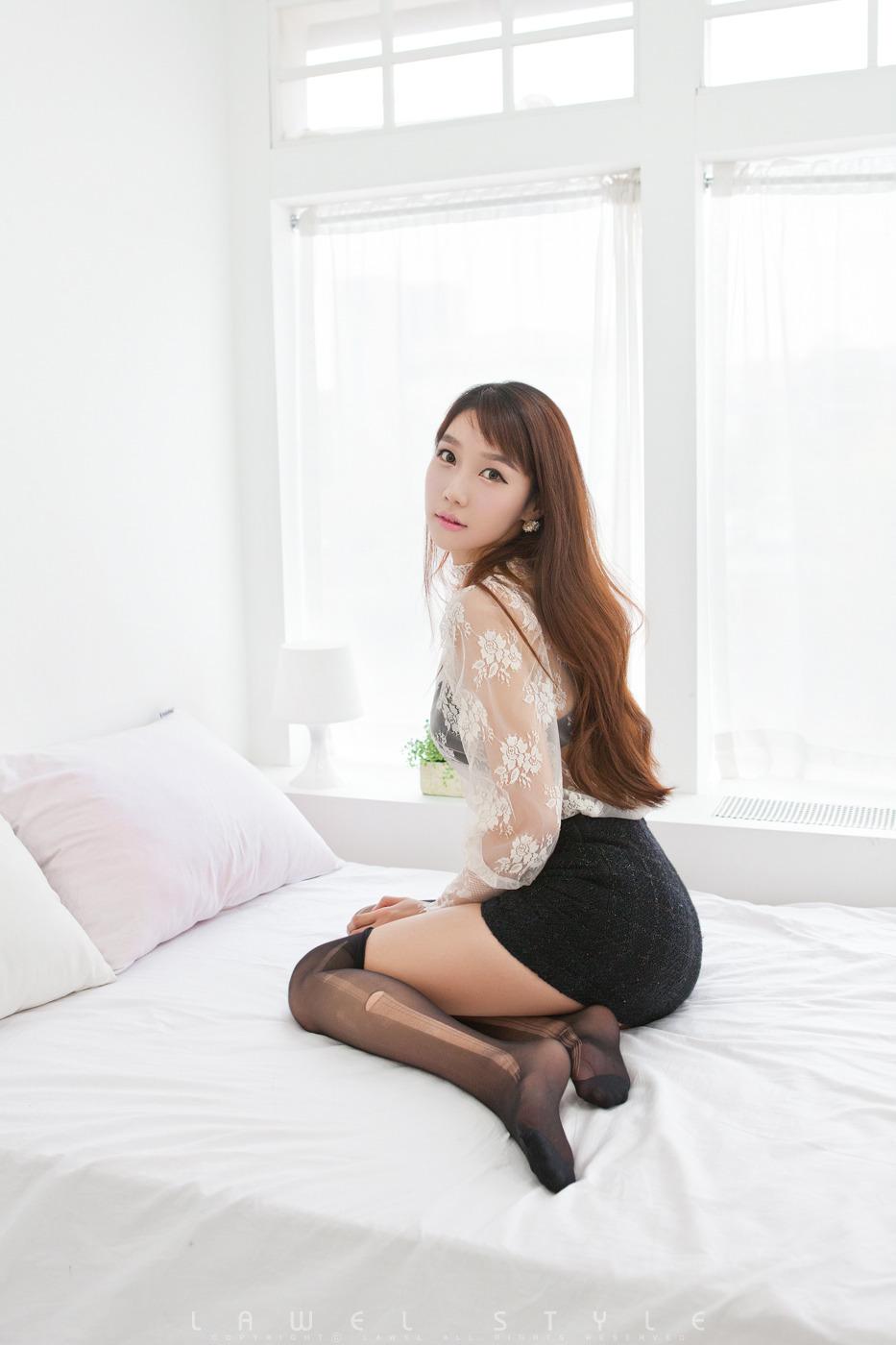 xxx nude girls: Santa Go Jung Ah