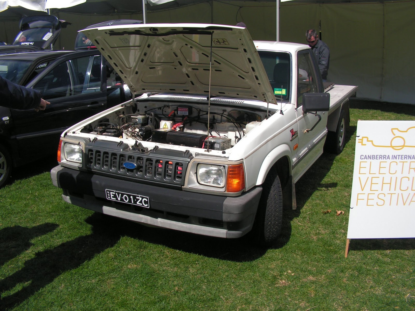 Lets Begin Our Wander Around The 2017 Canberra International Electric Vehicle Festival Beginning With A Small Display Of Homebuilt Cars And Light