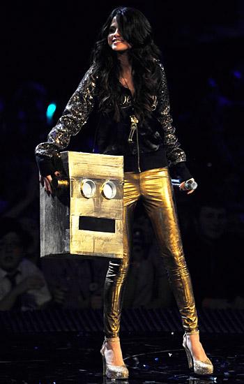 a61705914073b A premiação foi apresentada pela cantora Selena Gomez