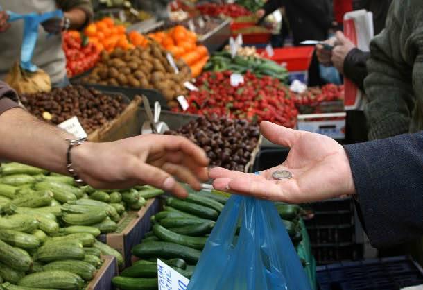 Παράταση για την ανανέωση των επαγγελματικών αδειών πωλητών Λαϊκών αγορών