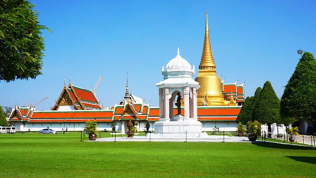 На фото - Королевский дворец в Бангкоке, Тайланд