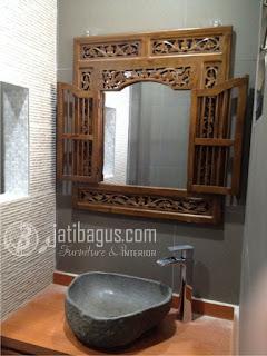 Cermin wastafel model jendela