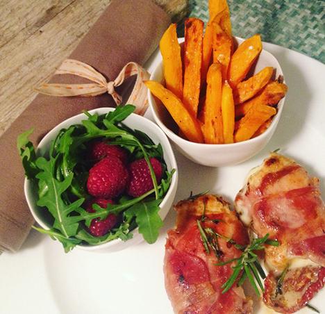 Rosmarin Hühnchen mit Süßkartoffeln und Rucola_My Kitchen Logbook by Marlene Grünzweil