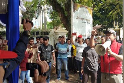 Sekelompok Massa Paksa Bubarkan Deklarasi Alumni 212 di Malang