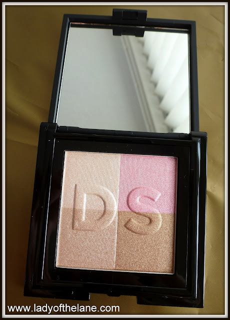 Daniel Sandler Radiant Sheen Illuminating Face Powder