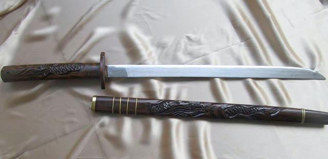 Gambar Pedang Jenawi Senjata Tradisional Riau