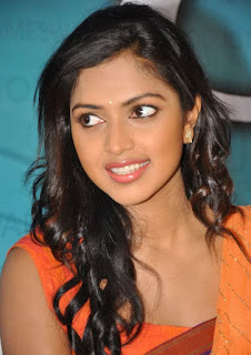 Amala Paul new hot saree photos