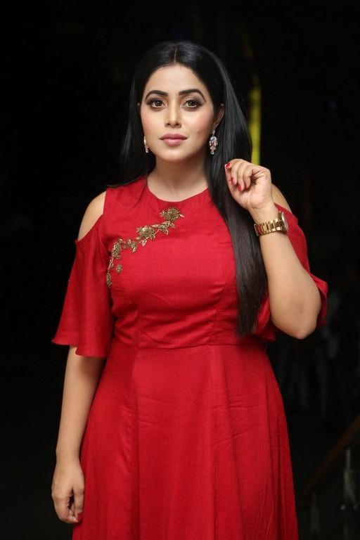 Shamna Kasim (Poorna) New Photos