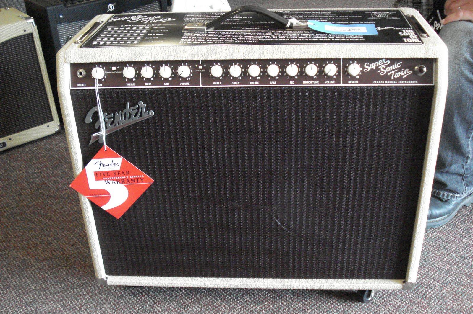 Fender Supersonic Twin : news and updates new fender super sonic twin in stock ~ Hamham.info Haus und Dekorationen