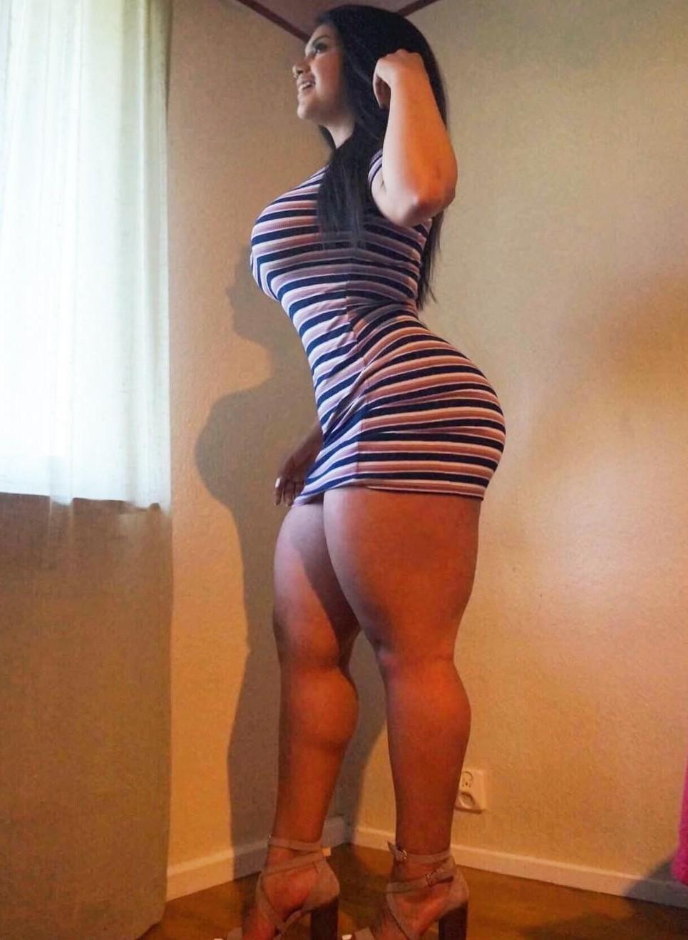 Babe latina pussy