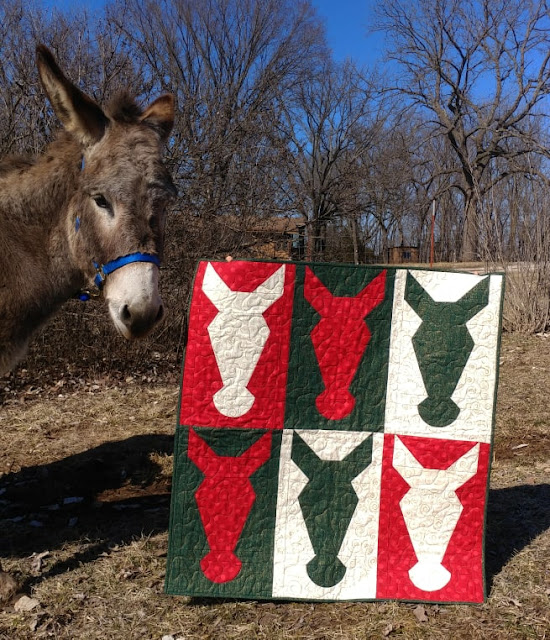 Hee-Haw Christmas donkey quilt