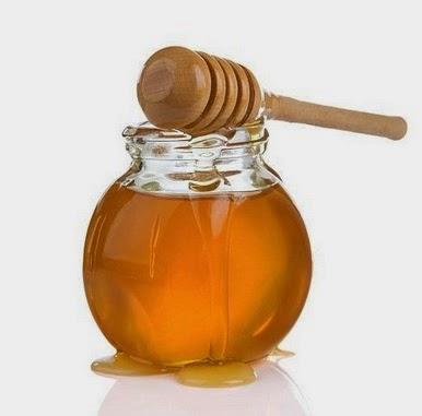 ¿La miel tiene menos calorías que el azúcar?