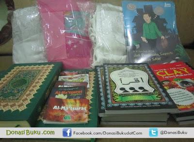 Donasi Buku ke Solok Selatan