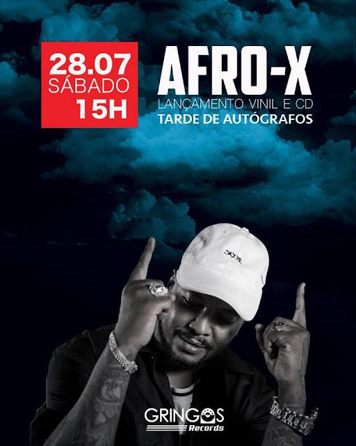 Afro-X realiza tarde de autógrafos de 'Um Brinde à Vida' no centro de São Paulo