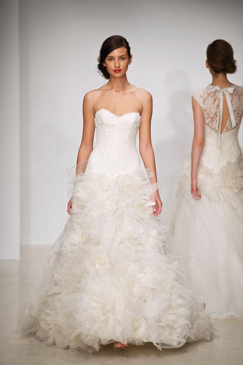 2773b104b فساتين زفاف سادة , صور فساتين زفاف سادة , ازياء فساتين زفاف سادة 2013