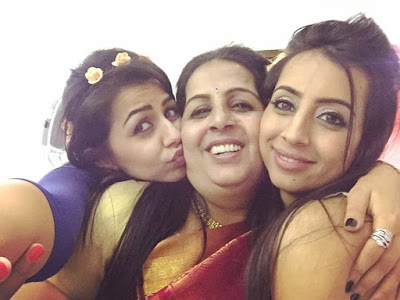 Nikki Galrani's happy movments with mother