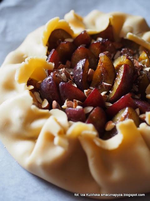 galette ze slikami, tarta sliwkowa, ciasto ze sliwkami, ciasto kruche, ciasto na niedziele, jak zrobic tarte ze sliwkami, latwa tarta z owocami