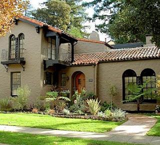 cat rumah minimalis tampak depan The Dark-Tan House