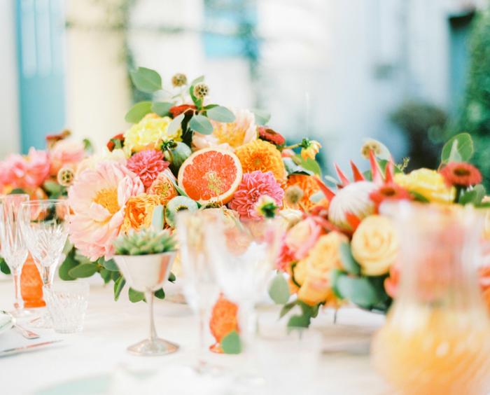 composition florale décoration de table thème mexique