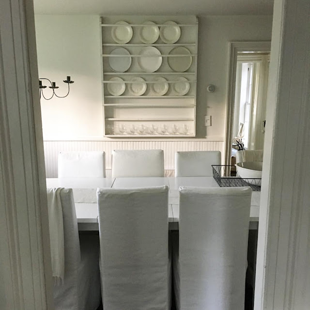designer tricia foley white dining room