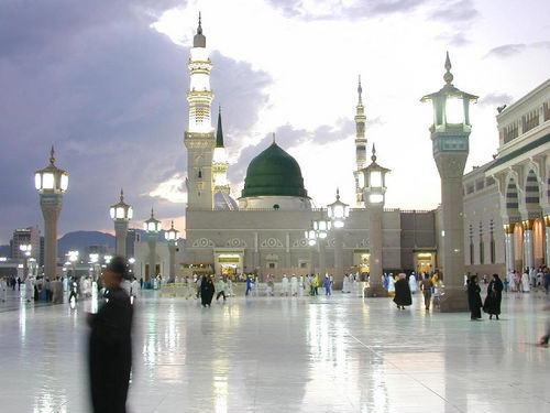 Welcome to the Islamic Holly Places: Masjid-E-Nabvi