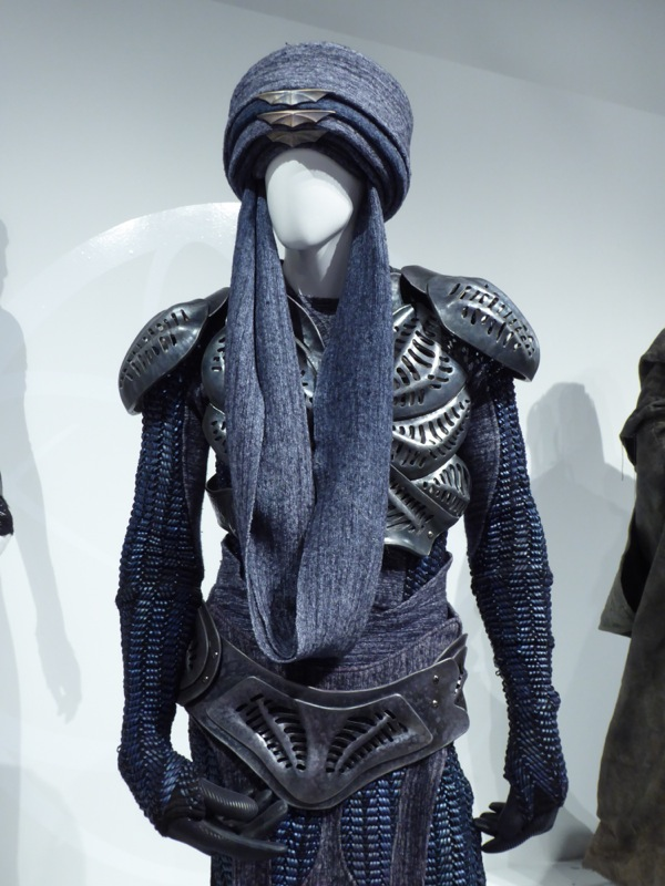 Defiance T'evgin costume