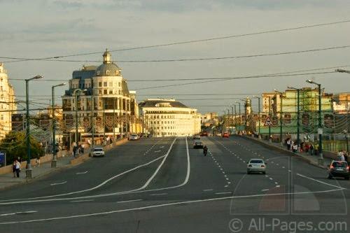 Большой Москворецкий мост и провода