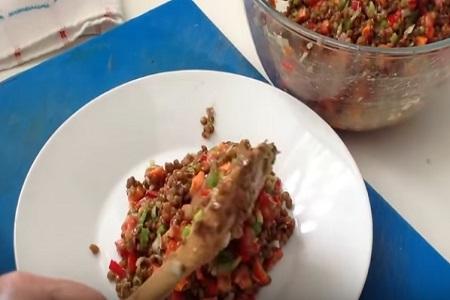 Ensalada de legumbres receta para recordar en épocas de calor poster box cover