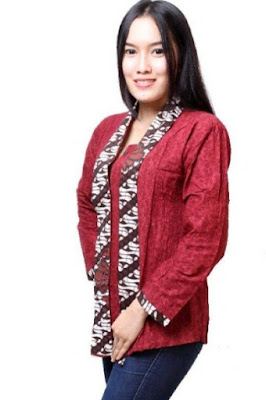 Model baju batik atasan wanita untuk kerja