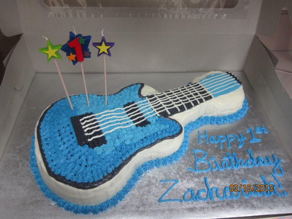 Im More Than Thrilled To Make His Two Birthday Cakes A Chocolate Electric Guitar Cake And Vanilla Drum 8 Round These Are Covered With
