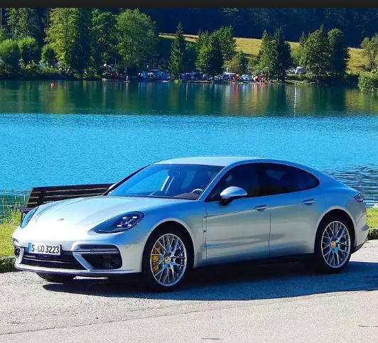 Testing The Mechanical Equilibrium Of The 2017 Porsche Panamera Turbo