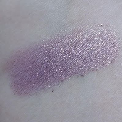eyeshadow swatch