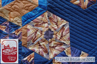 Modern Mini swap quilt echo triangle quilting